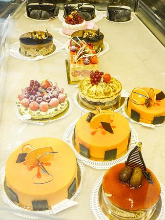 Pastries \ of Paris