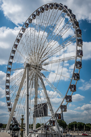 Ferris wheel at Place de Concorde