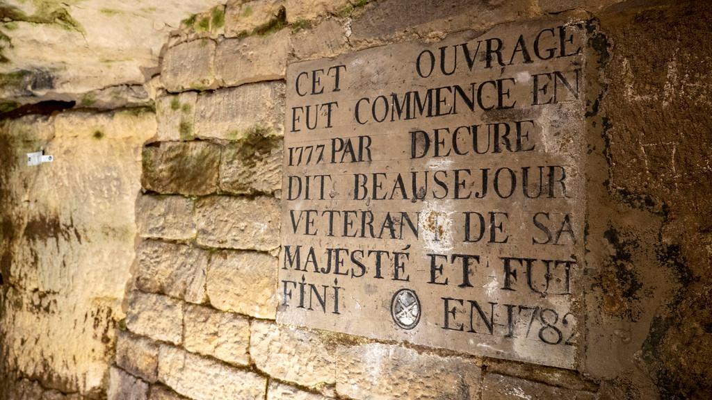 Sculptures in the catacombs of Paris