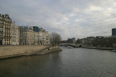 Quai d'Orléans, Île Saint-Louis, from the Pont Saint-Louis