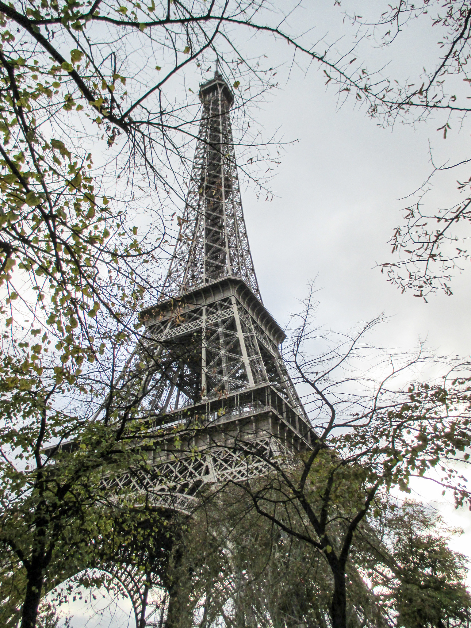 paris in 2 days means seeing the eiffel tower