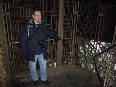 © Marta Popovics Tour Eiffel lift