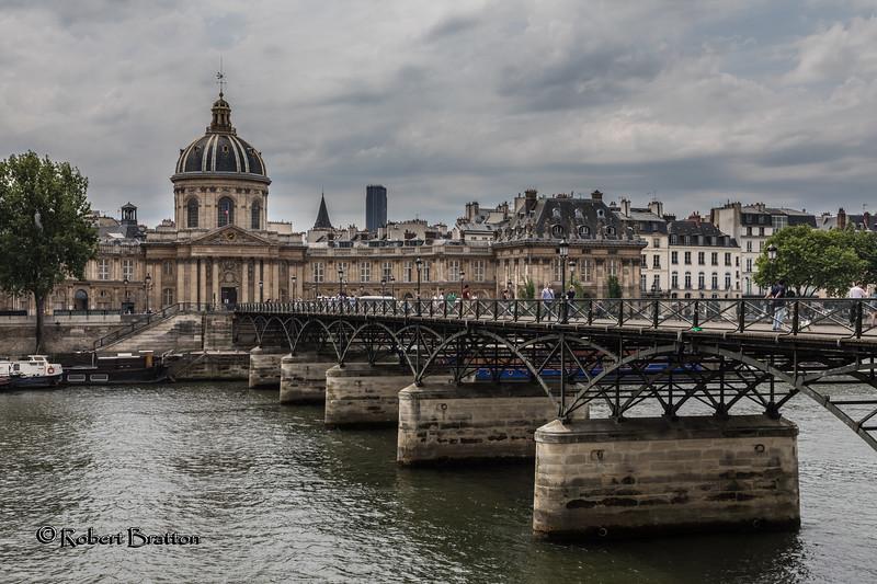 Love Bridge  & Academie des Beaux-Arts