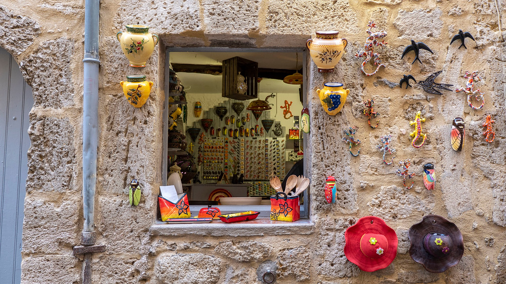 Pezenas in the South of France: Old Town Shopping