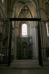 La Cathédrale Saint-Pierre, Poitiers