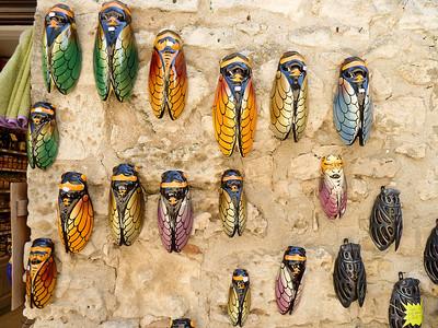 Les Baux de Provence - Ceramic Cignales (cicadas)