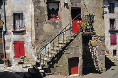Besse-en-Chandesse - Quartier Saint-Jean