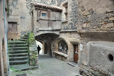 Saint-Saturnin - Porte des Boucheries