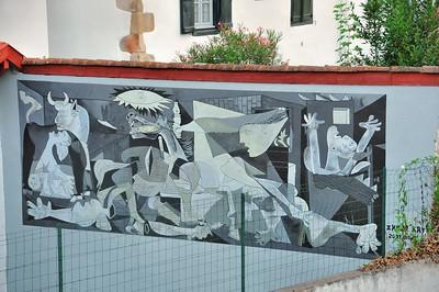 """Sare - Fresque """"Gernika"""" de l'association Axuri'arte"""