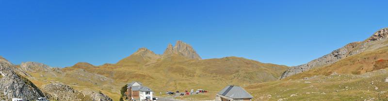 Col du Pourtalet - Pène de Peyreguet (2.254 m), Pic Peyreguet (2.483 m), Petit Pic du Midi d'Ossau (2.807 m), Pic du Midi d'Ossau (2.884 m), Soum de Pombie (2.134 m)
