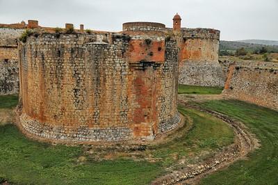 Fort de Salses - Tour d'artillerie détachée de corps du fort