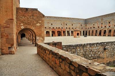 Fort de Salses - Place d'armes