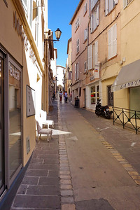 St_Tropez_small street_DSC1019