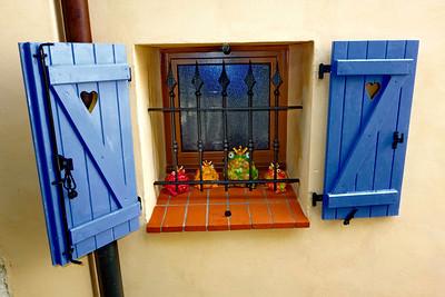St_Agnes_Frogs_window_DSC0936