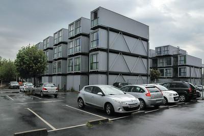 Le Havre - Résidence universitaire A Docks... bâtie en containers