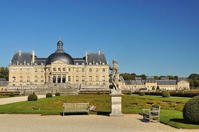 Château de Vaux-le-Vicomte - Devant le parterre de Broderie