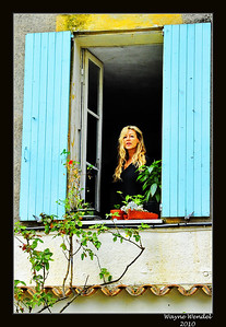 Tourrettes_French-girl_inwindow+cropped_D3S3946