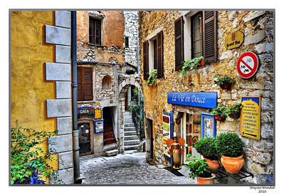 Tourrettes_3D_painted_bldg_HDR_D3S3941