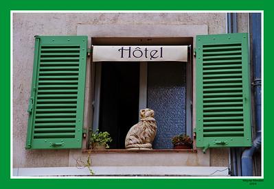 Vence_Hotel_window__D3S3465
