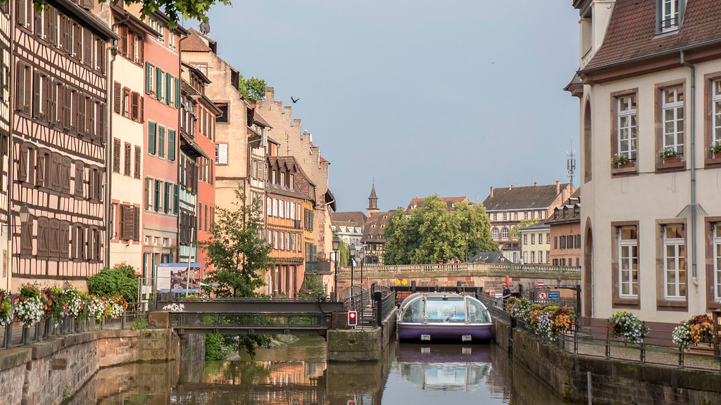 Top Things to do in Strasbourg France: Take a boat ride