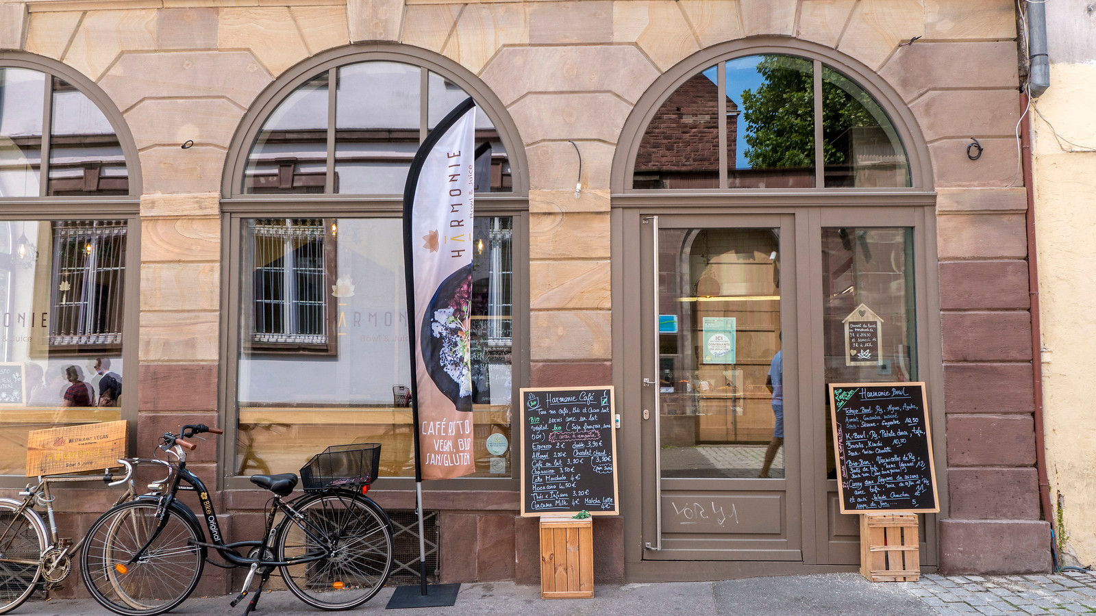 Vegan Strasbourg Restaurant and Travel Guide