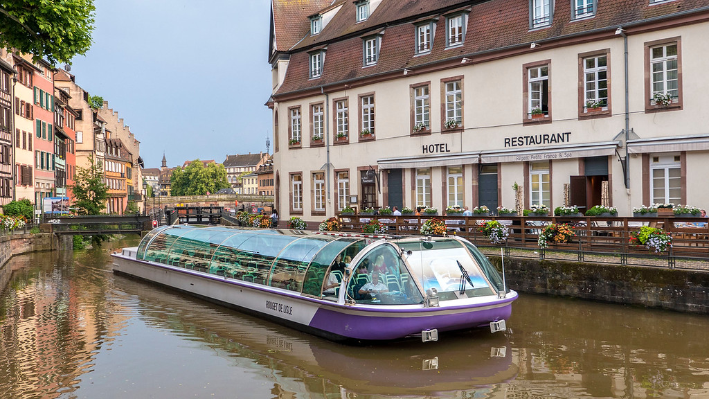 Top Things to do in Strasbourg France: Canal Boat Ride
