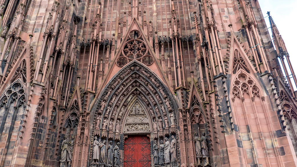 Top Things to do in Strasbourg France: Strasbourg Cathedral exterior carvings