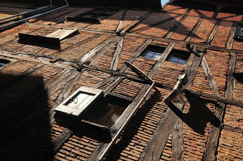 Albi, de brique et de bois - Rue d'Engueysse