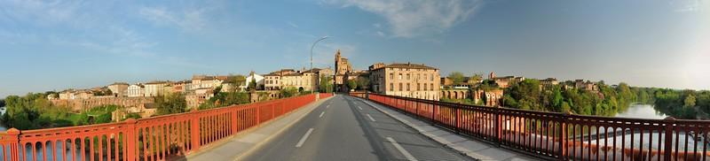 Rabastens - Sur la pont sur le Tarn