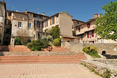 Lautrec - Silos de la Caussade (à droite, en bas)