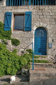 Lauzerte - Présence de la croix occitane