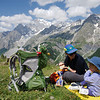 Picnicking on the TMB on the way to Rifugio Bertone