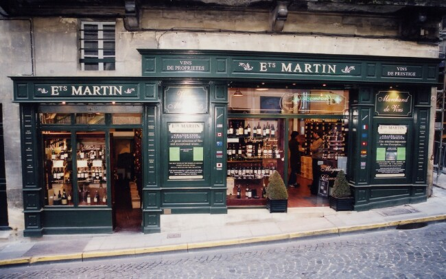 St  Emilion Wine Shop 02