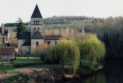 St  Leon Sur Vezere church 03