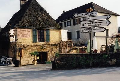 St  Leon Sur Vezere 02