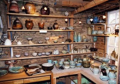St  Leon Sur Vezere pottery 02
