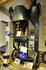 Piolenc - Musée Mémoire de la Nationale 7 - Ford T (1908 à 1927)