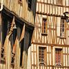 Noyers-sur-Serein - Place de L'Hôtel de Ville