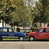 Noyers-sur-Serein - Le baiser des deux Renault 4