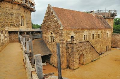 Chantier médiéval de Guédelon - Vue du logis seigneurial