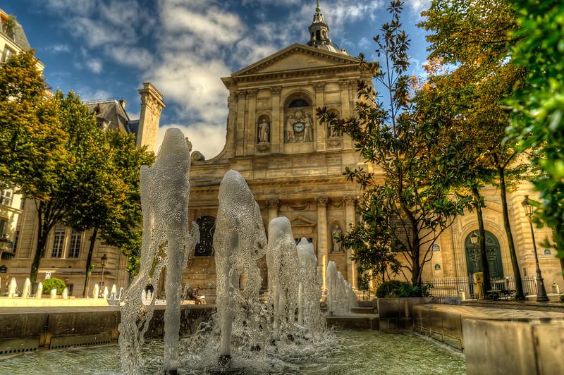 Fountains near Sorbonne