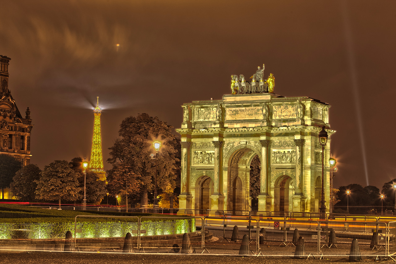 Arc de Triomphe du Carousel and the Eiffel Tower at Night