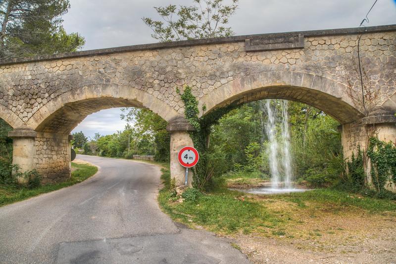 Wow, an aquecduct!  Les Baux-de-Provence,  France