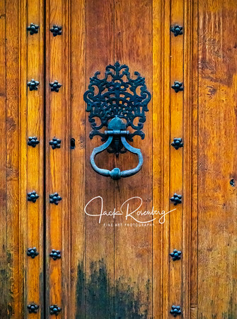 """Avignon 2019 - Door Knocker."""
