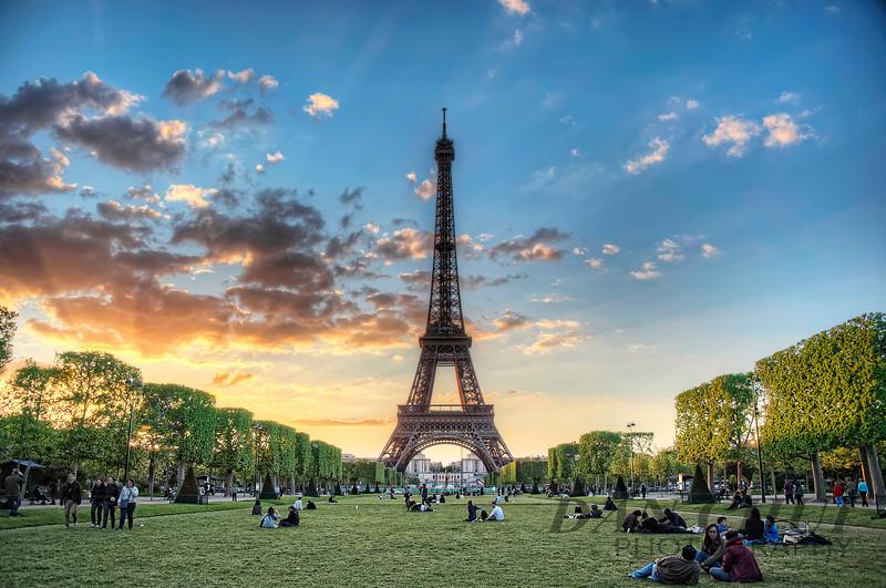 Fading Light in Paris