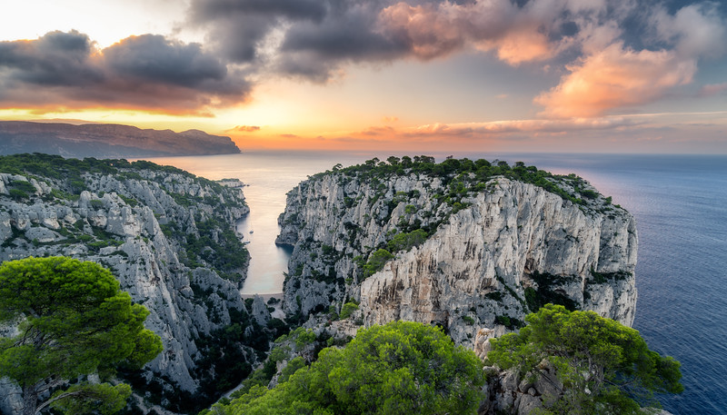 Sunrise at Calanque d'En-Vau in Parc national des Calanques