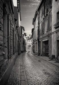 Tarascon Streets.