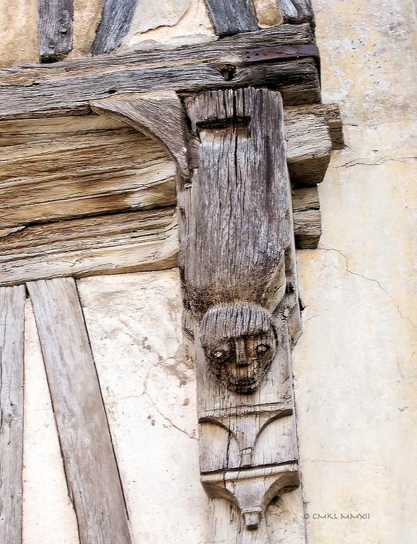 Detail, façade médiévale, 'Vieux Cognac'<br /> Cognac, Charente
