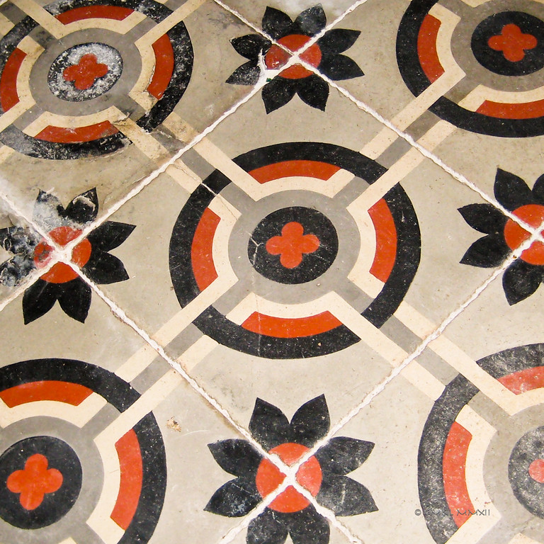 Traditional hand painted cement floor, detail,<br /> Beauville, Lot-et-Garonne