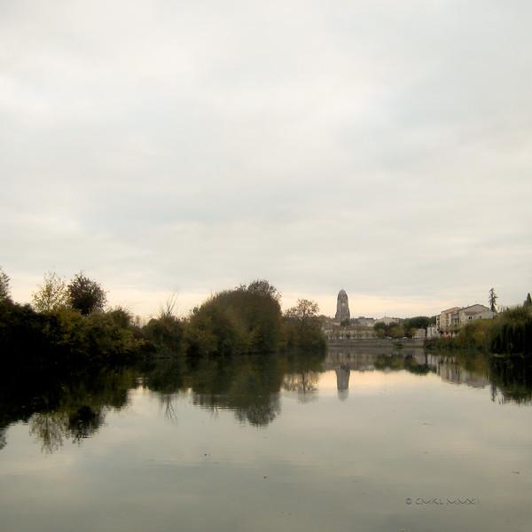The Charente river, looking toward Saintes, Charente-Maritime